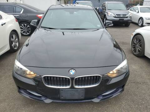 2013 BMW 3 Series for sale at OFIER AUTO SALES in Freeport NY