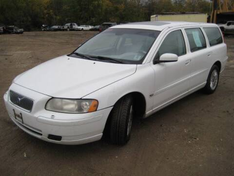 2005 Volvo V70 for sale at Carz R Us 1 Heyworth IL - Carz R Us Armington IL in Armington IL