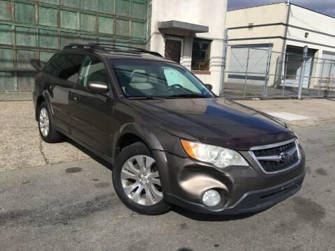 2009 Subaru Outback for sale at Illinois Auto Sales in Paterson NJ