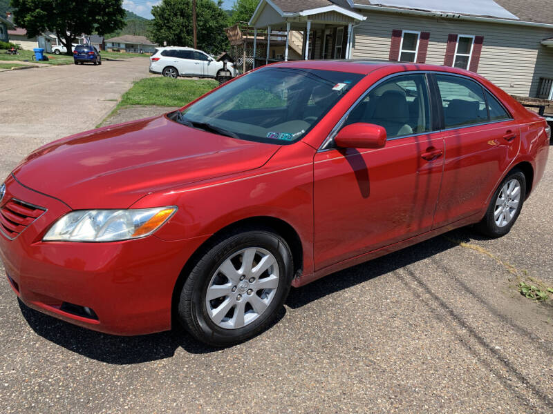 2009 Toyota Camry for sale at MYERS PRE OWNED AUTOS & POWERSPORTS in Paden City WV