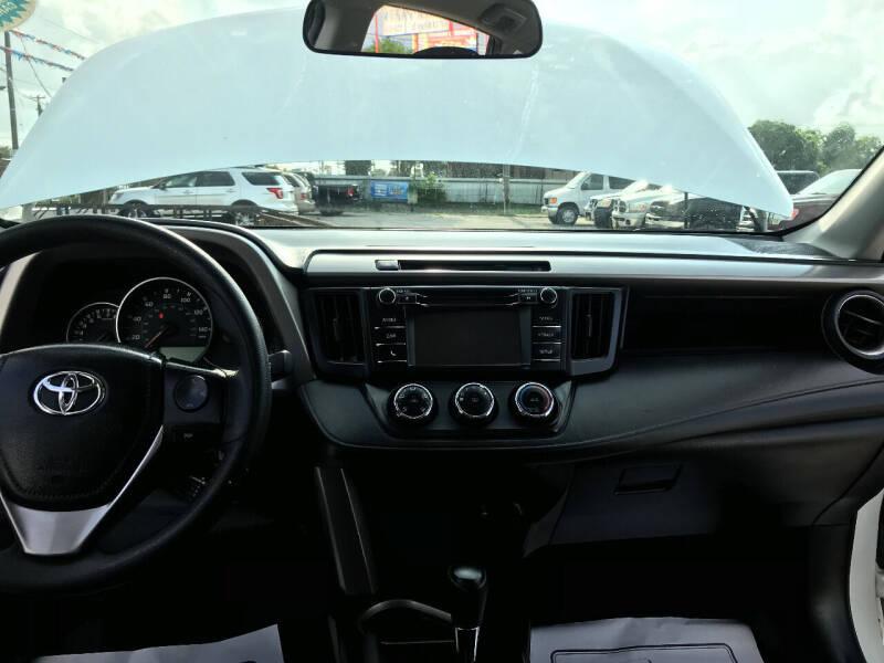 2016 Toyota RAV4 LE 4dr SUV - San Antonio TX