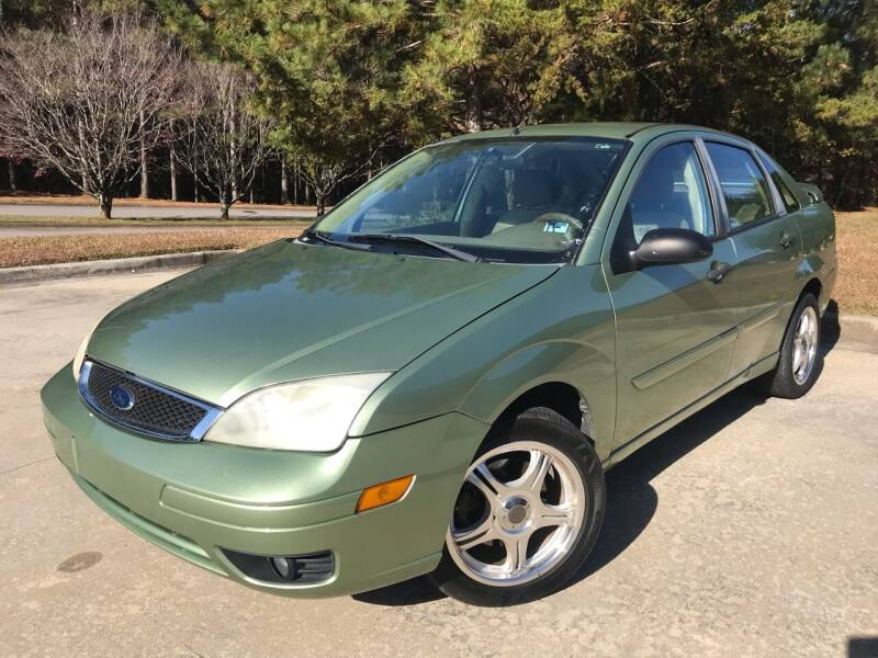 2007 Ford Focus for sale at Global Imports Auto Sales in Buford GA