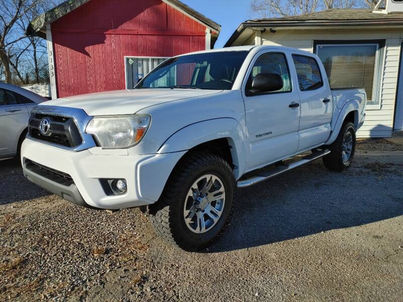 2015 Toyota Tacoma for sale at Snap Auto in Morganton NC