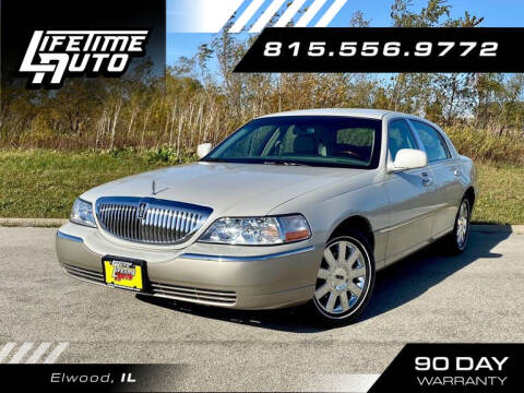 2004 Lincoln Town Car for sale at Lifetime Auto in Elwood IL