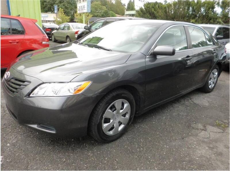 2009 Toyota Camry for sale at Klean Carz in Seattle WA