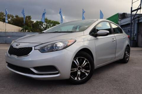 2016 Kia Forte for sale at OCEAN AUTO SALES in Miami FL