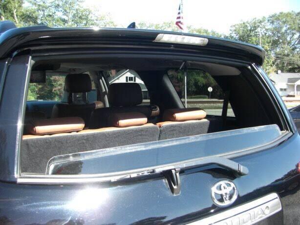 2011 Toyota Sequoia 4x4 Platinum 4dr SUV (5.7L V8 FFV) - Simpsonville SC