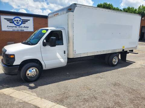 2013 Ford E-Series Chassis for sale at H & H Enterprise Auto Sales Inc in Charlotte NC