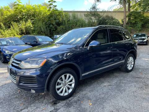 2011 Volkswagen Touareg for sale at Car Online in Roswell GA