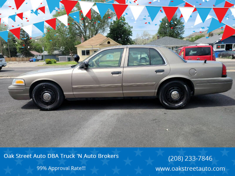 2011 Ford Crown Victoria for sale at Oak Street Auto DBA Truck 'N Auto Brokers in Pocatello ID