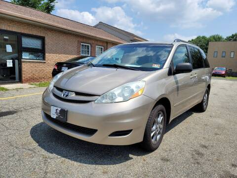 2006 Toyota Sienna for sale at Kingz Auto Sales in Avenel NJ