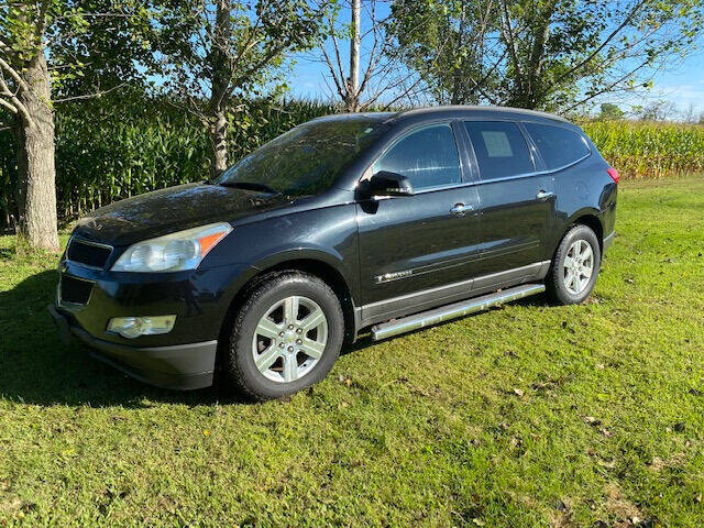 2009 Chevrolet Traverse for sale at Dave's Auto & Truck in Campbellsport WI