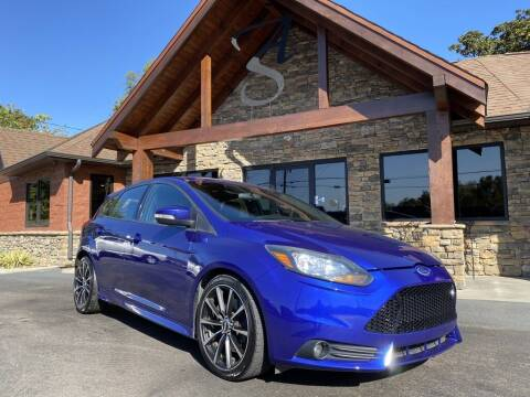 2014 Ford Focus for sale at Auto Solutions in Maryville TN