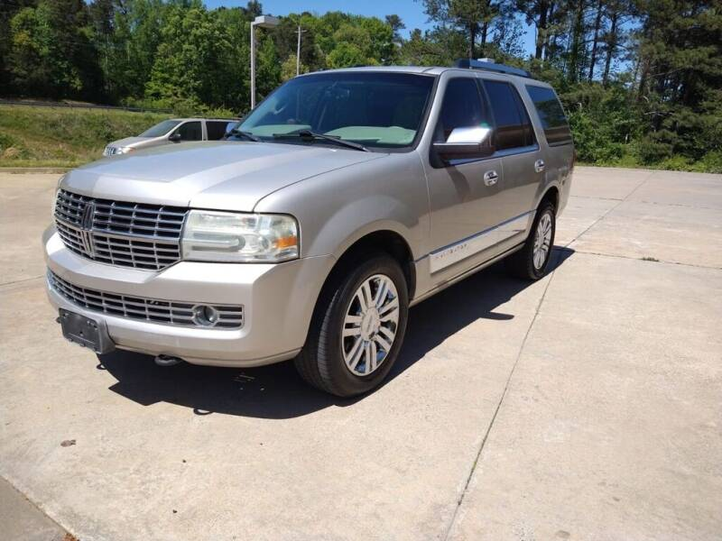 2007 Lincoln Navigator for sale at A&Q Auto Sales in Gainesville GA