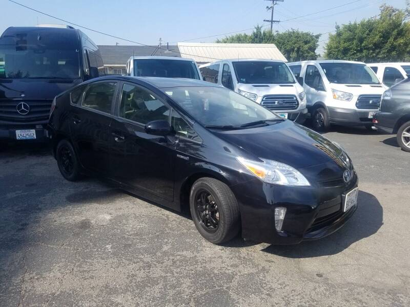 2012 Toyota Prius for sale at In-House Auto Finance in Hawthorne CA
