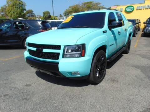2008 Chevrolet Avalanche for sale at Santa Monica Suvs in Santa Monica CA