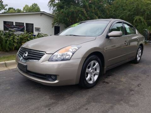 2008 Nissan Altima for sale at TR MOTORS in Gastonia NC