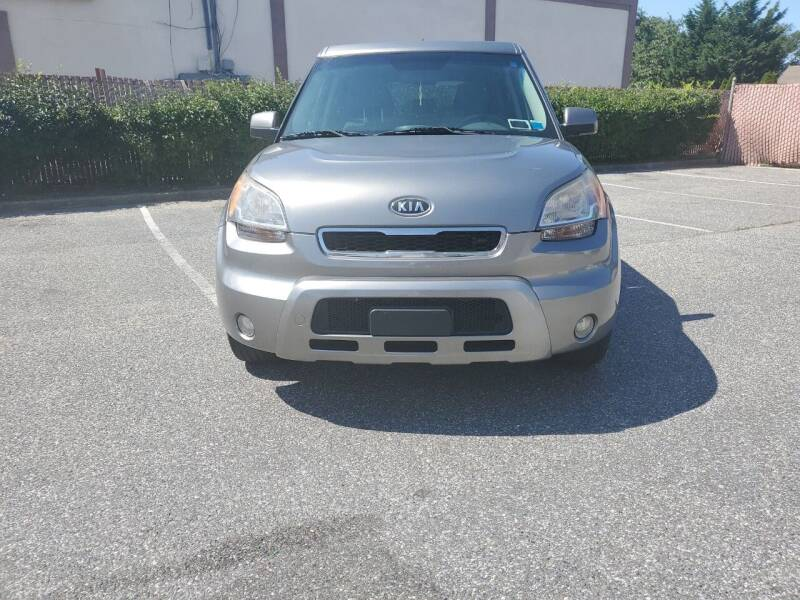 2011 Kia Soul for sale at RMB Auto Sales Corp in Copiague NY