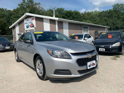 2015 Chevrolet Malibu for sale at Victor's Auto Sales Inc. in Indianola IA