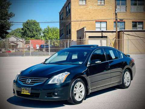 2012 Nissan Altima for sale at ARCH AUTO SALES in Saint Louis MO