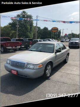2008 Ford Crown Victoria for sale at Parkside Auto Sales & Service in Pekin IL