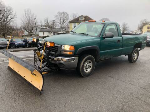 2006 GMC Sierra 2500HD for sale at George's Used Cars Inc in Orbisonia PA