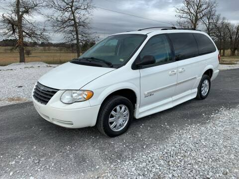 2007 Chrysler Town and Country for sale at Champion Motorcars in Springdale AR