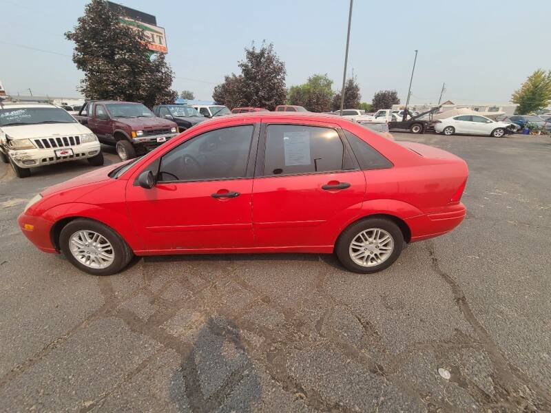 2000 Ford Focus for sale at HUM MOTORS in Caldwell ID