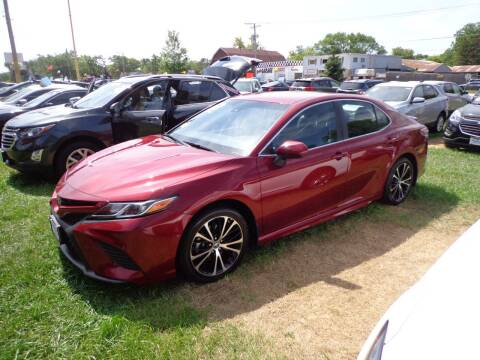 2018 Toyota Camry for sale at North American Credit Inc. in Waukegan IL