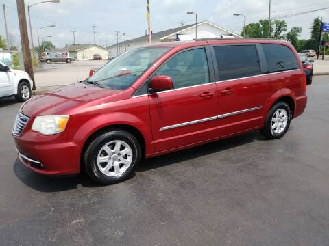 2013 Chrysler Town and Country for sale at Big Boys Auto Sales in Russellville KY