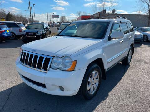 2010 Jeep Grand Cherokee for sale at Diana Rico LLC in Dalton GA