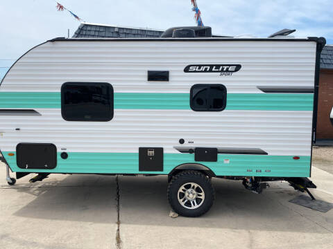 2021 SUNSET PARK 18RD for sale at ROGERS RV in Burnet TX