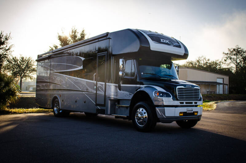 2020 Freightliner M2 106 for sale at Exquisite Auto in Sarasota FL
