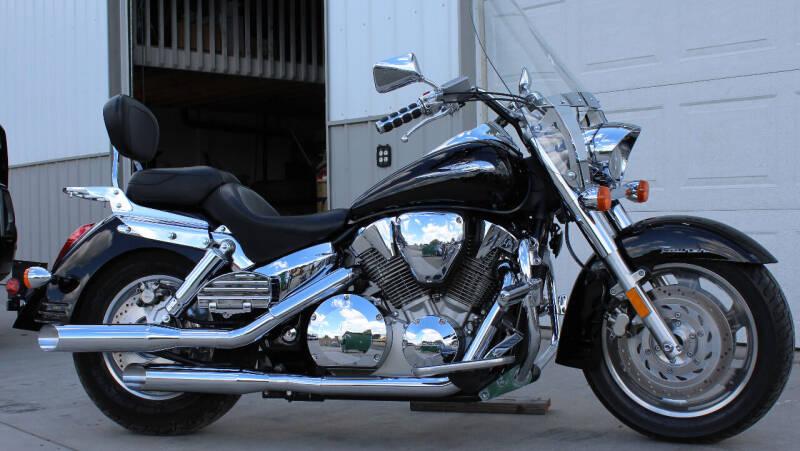 2009 Honda/PENDING SALE! VTX 1300 T for sale at J.K. Thomas Motor Cars in Spokane Valley WA