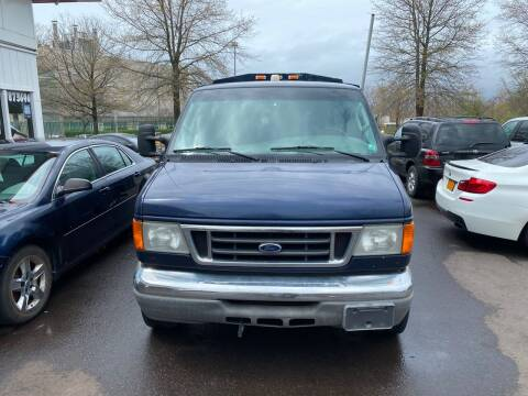 2004 Ford E-Series Chassis for sale at Vuolo Auto Sales in North Haven CT