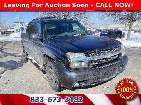2002 Chevrolet Avalanche for sale at Glenbrook Dodge Chrysler Jeep Ram and Fiat in Fort Wayne IN