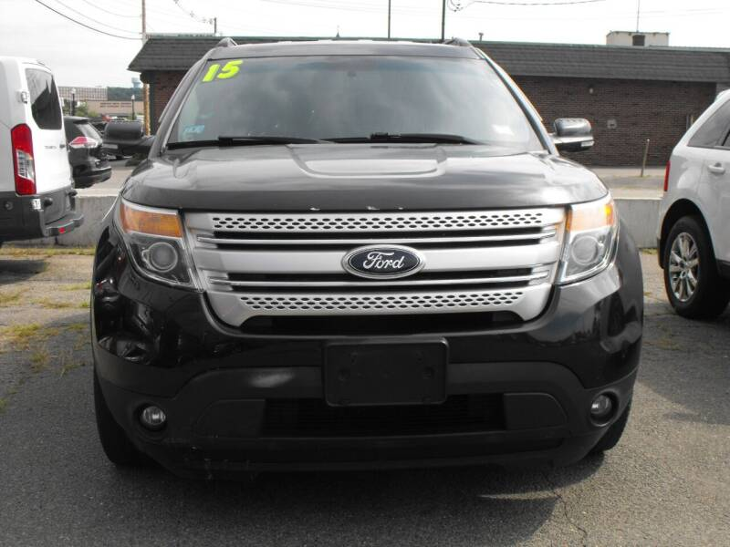 2015 Ford Explorer for sale at Merrimack Motors in Lawrence MA