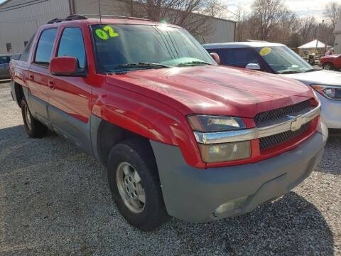 2002 Chevrolet Avalanche for sale at G LONG'S AUTO EXCHANGE in Brazil IN