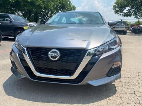 2020 Nissan Altima for sale at Makka Auto Sales in Dallas TX