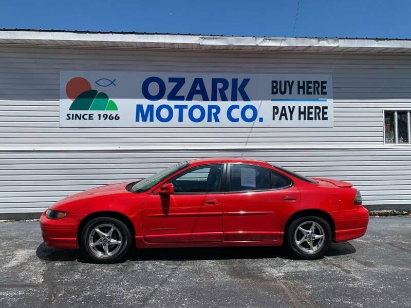 2000 Pontiac Grand Prix for sale at OZARK MOTOR CO in Springfield MO