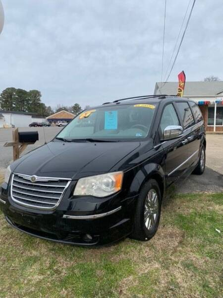 2008 Chrysler Town and Country for sale at Top Auto Sales in Petersburg VA