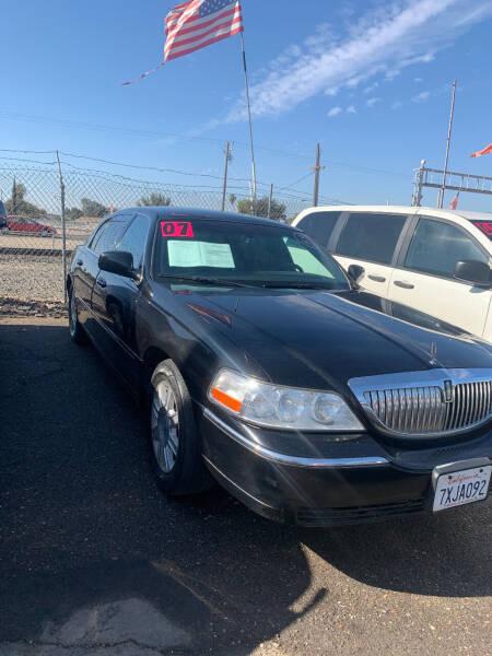 2007 Lincoln Town Car for sale at Premier Auto Sales in Modesto CA