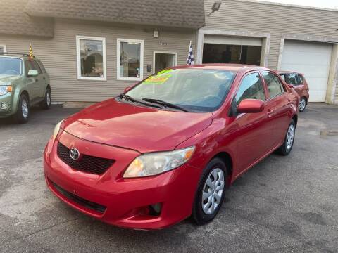 2009 Toyota Corolla for sale at Global Auto Finance & Lease INC in Maywood IL