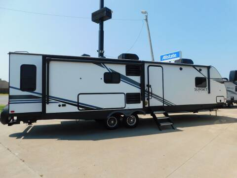2020 Crossroads Sunset Trail 330ISL for sale at Motorsports Unlimited in McAlester OK