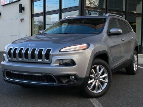 2015 Jeep Cherokee for sale at MAGIC AUTO SALES in Little Ferry NJ
