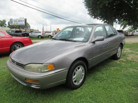 1995 Toyota Camry for sale at Dallas Auto Mart in Dallas GA