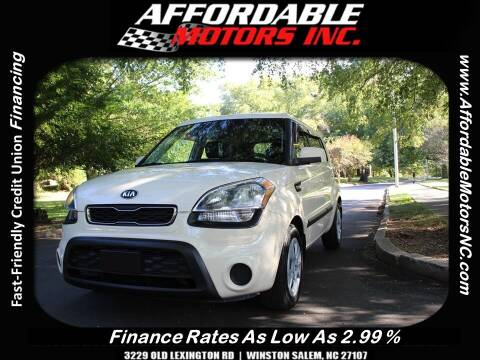 2013 Kia Soul for sale at AFFORDABLE MOTORS INC in Winston Salem NC