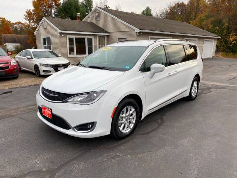 2020 Chrysler Pacifica for sale at Glen's Auto Sales in Fremont NH