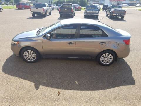 2013 Kia Forte for sale at Frontline Auto Sales in Martin TN