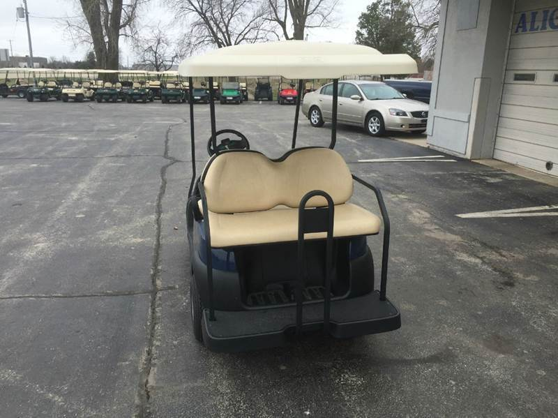 2015 Club Car Villager 4 Gas w. Rear Seat and Long Top - Depere WI